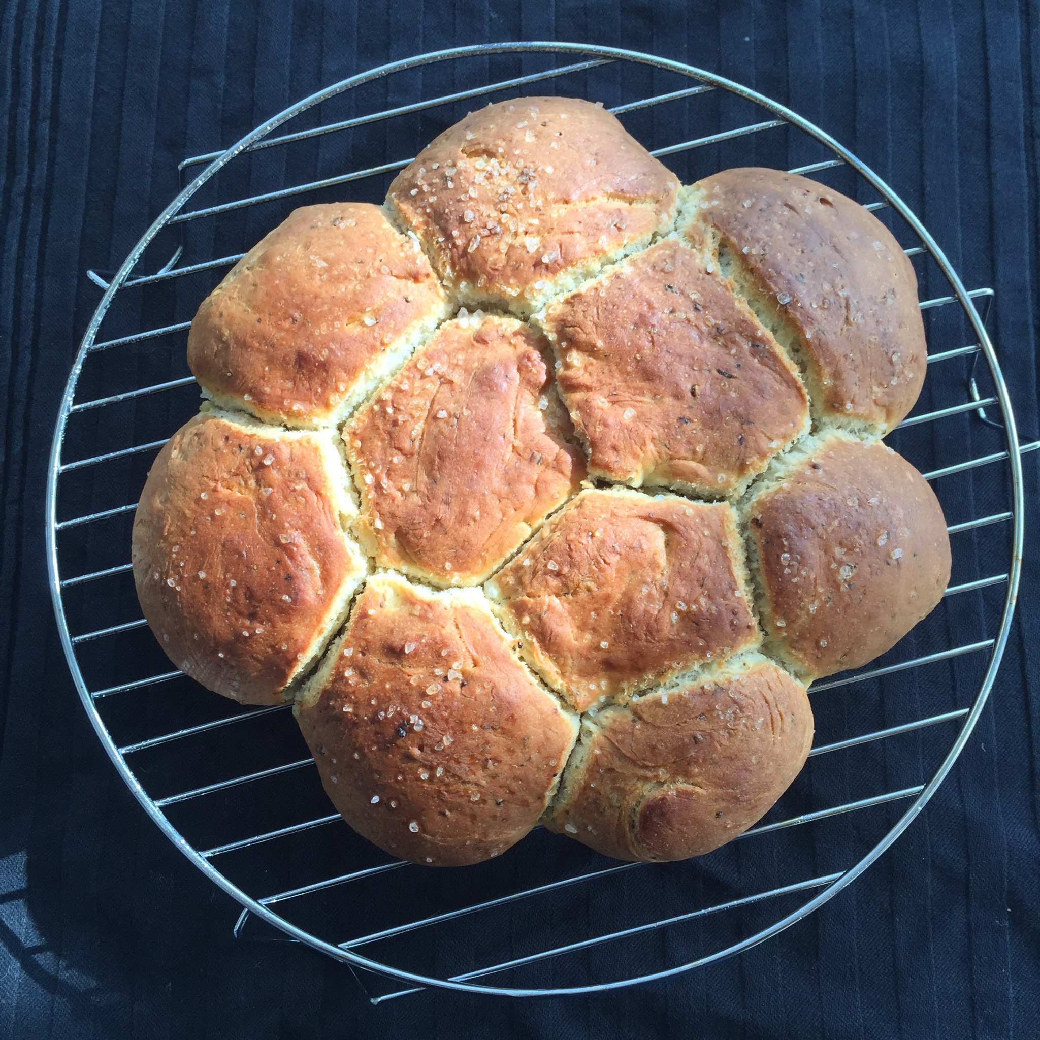 Breekbrood met kruiden en knoflook