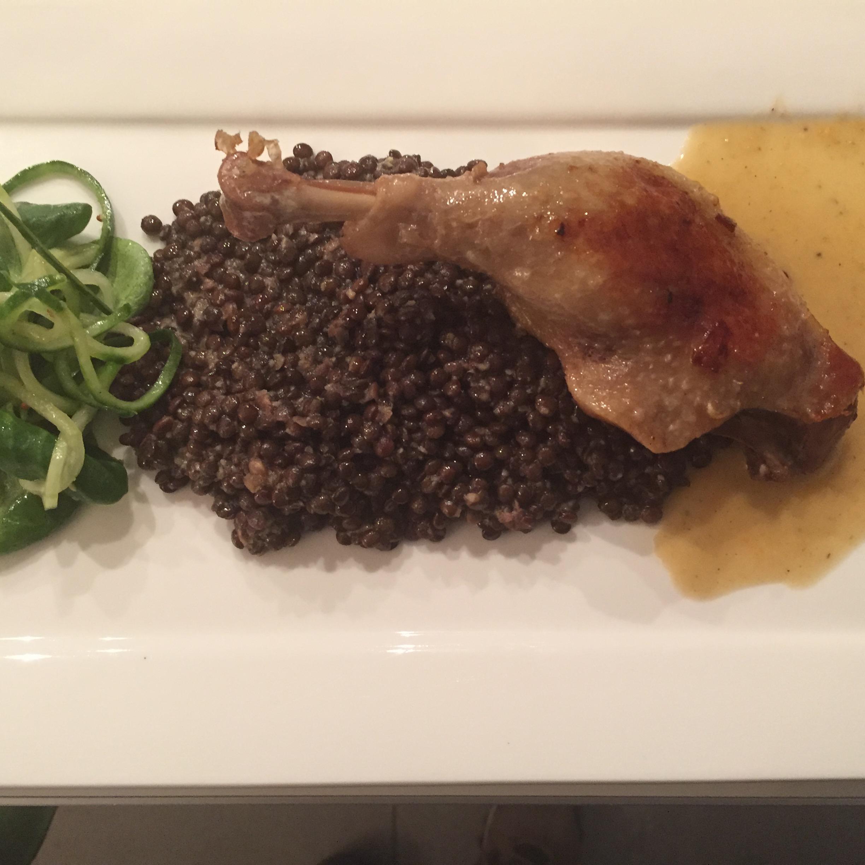Eenden- en kippenbouten met belugalinzen en mosterdvinaifrette