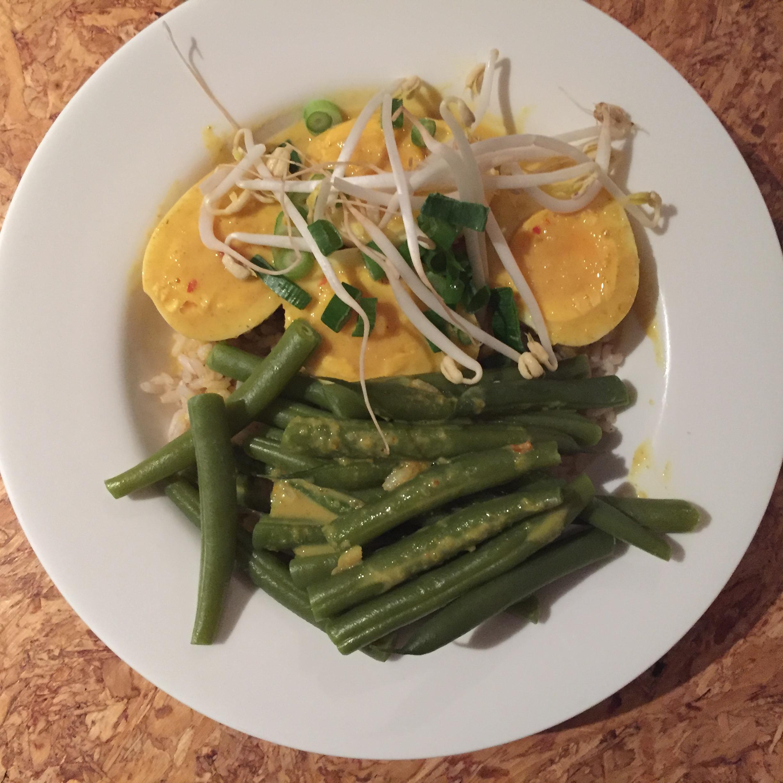 Kerrie telor (kerrie-eieren)